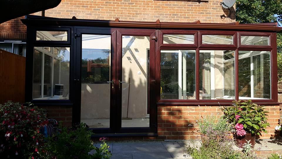 Bifold door brown